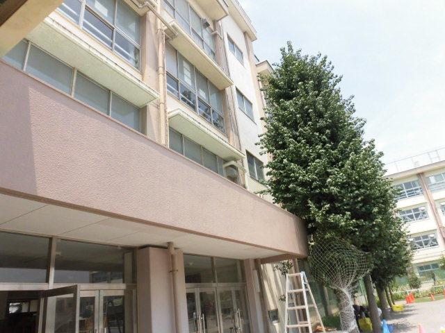 練馬区内某小学校庇外壁塗装工事