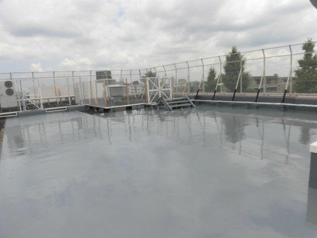練馬区内某小学校教室屋根一部防水工事