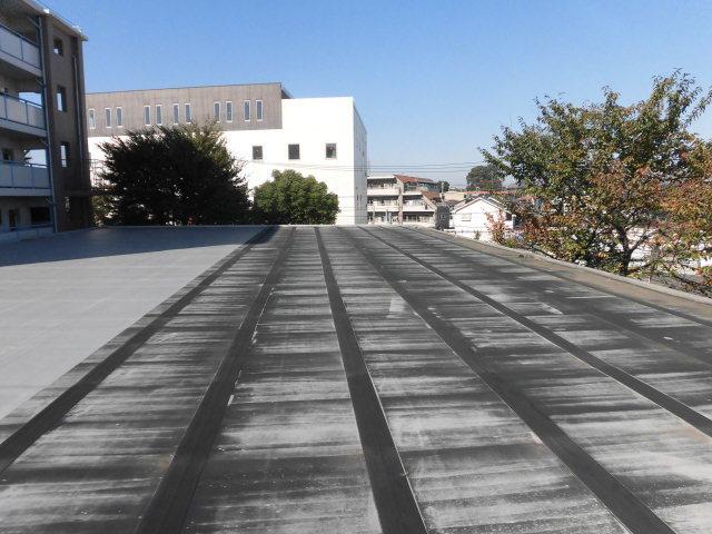 練馬区内某地区区民館屋根防水工事(水下)