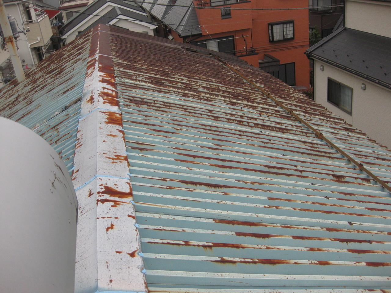 江戸川区内倉庫折半屋根GAINA塗装工事
